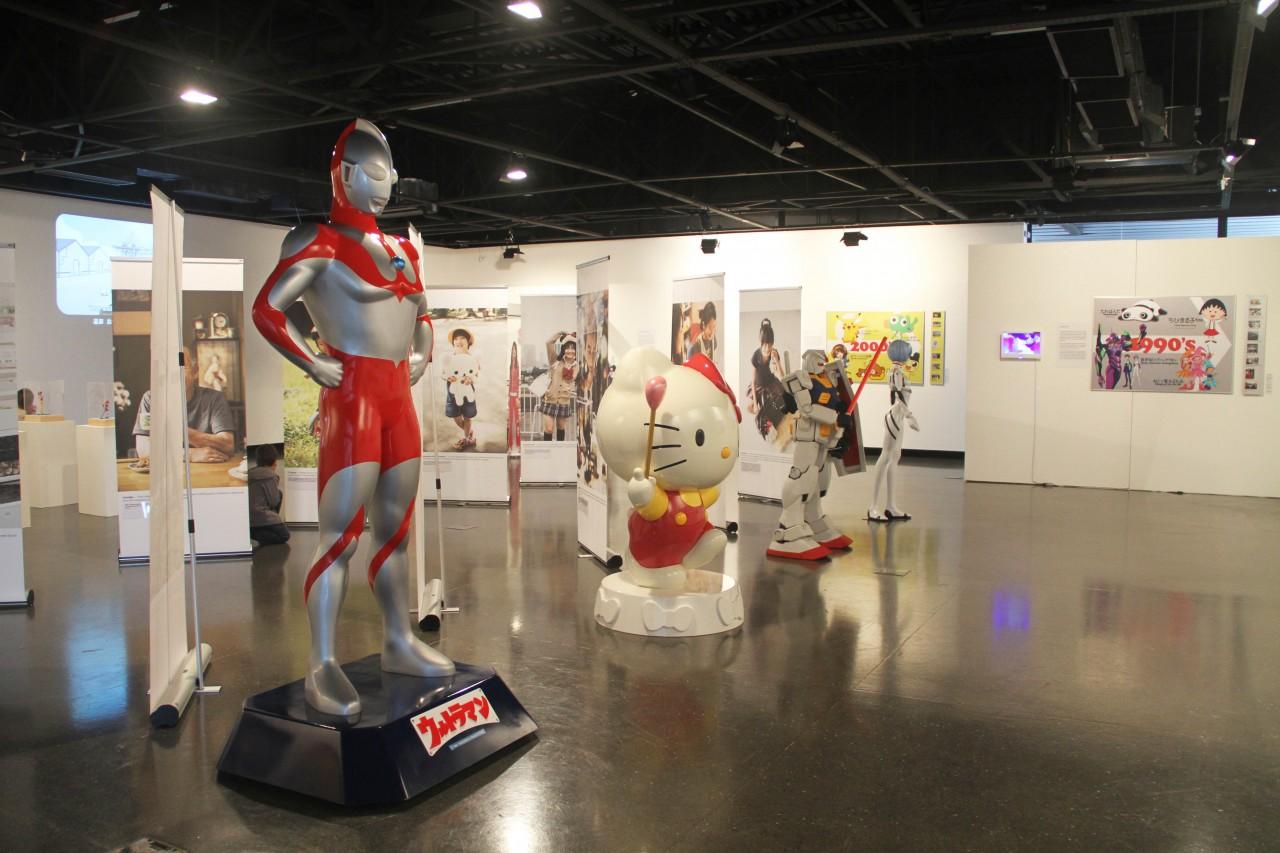 Exposição de personagens japoneses, no Portão Cultural. Foto: Cido Marques